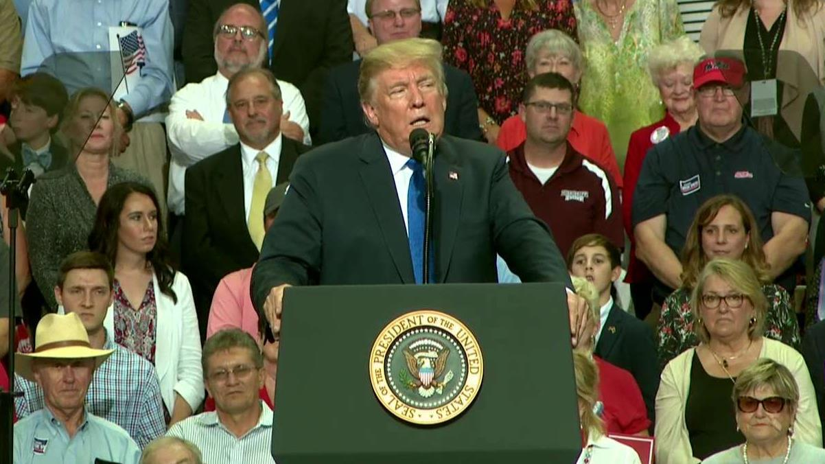 Trump defends Judge Kavanaugh at Mississippi rally