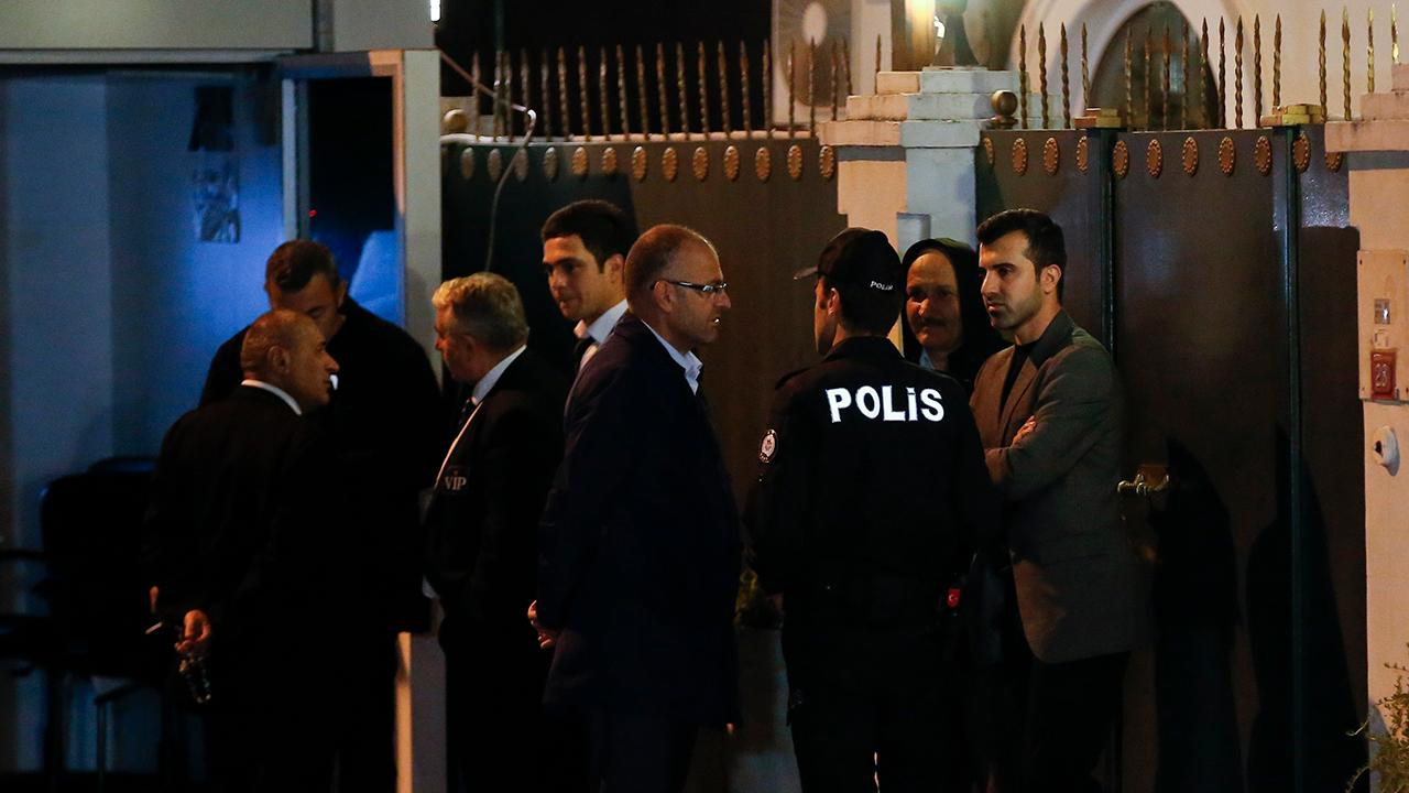 Forensic team combs Saudi consulate for clues on Khashoggi