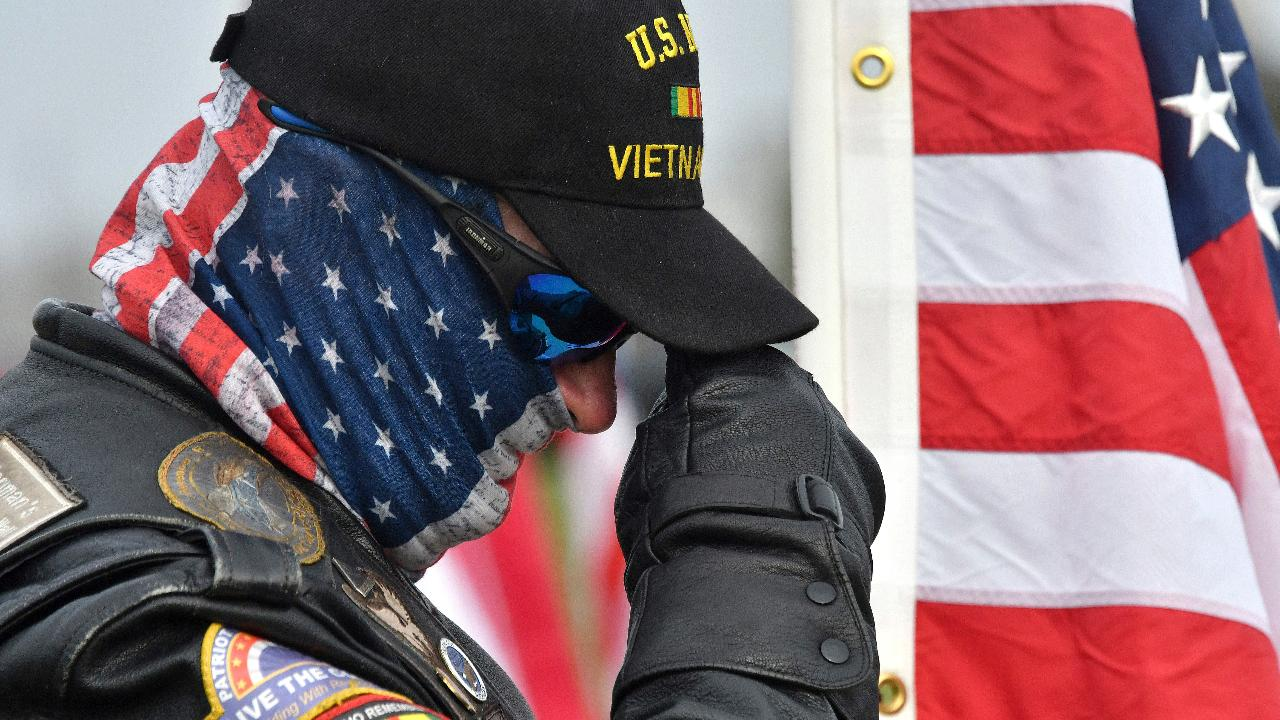 Glitch delays GI Bill benefits to veterans