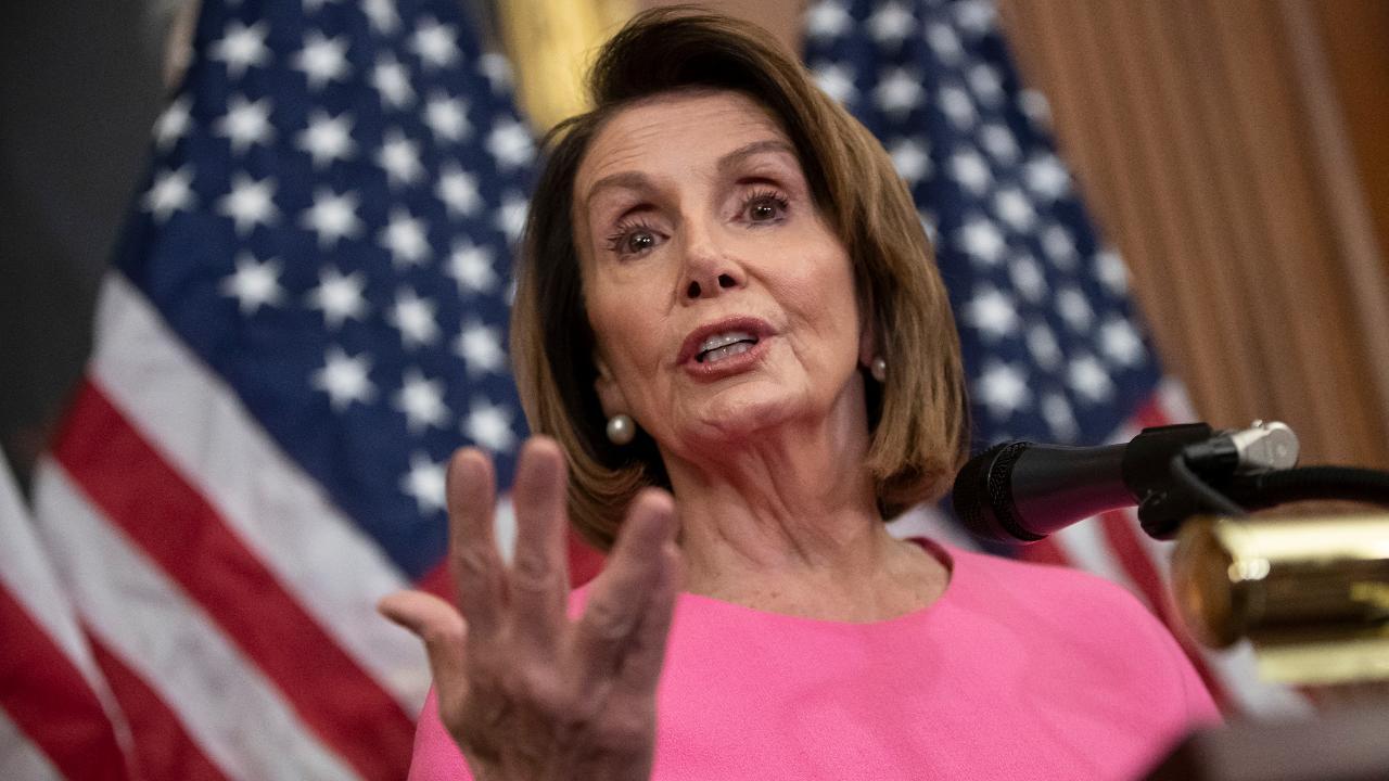 Pelosi gaining momentum in push to become next House speaker
