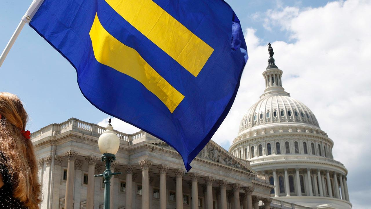 DOJ asks Supreme Court to take up transgender ban