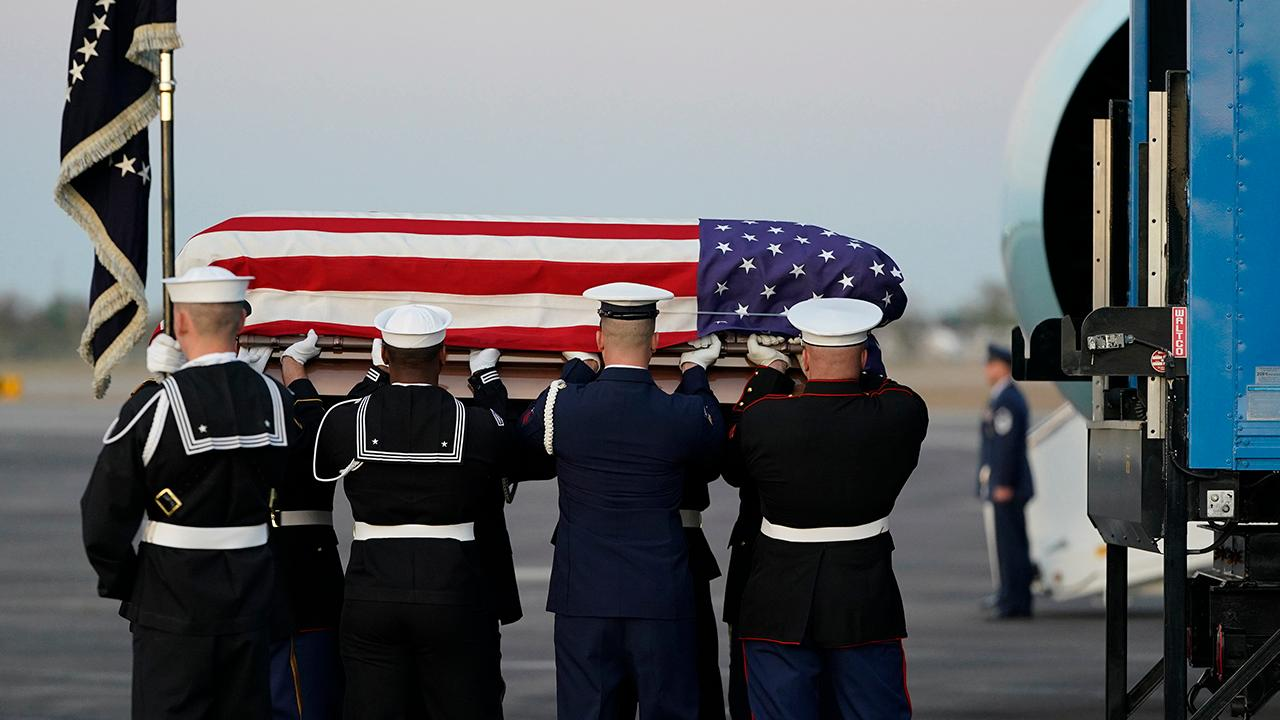 George H.W. Bush's casket arrives in Houston en route to final resting place