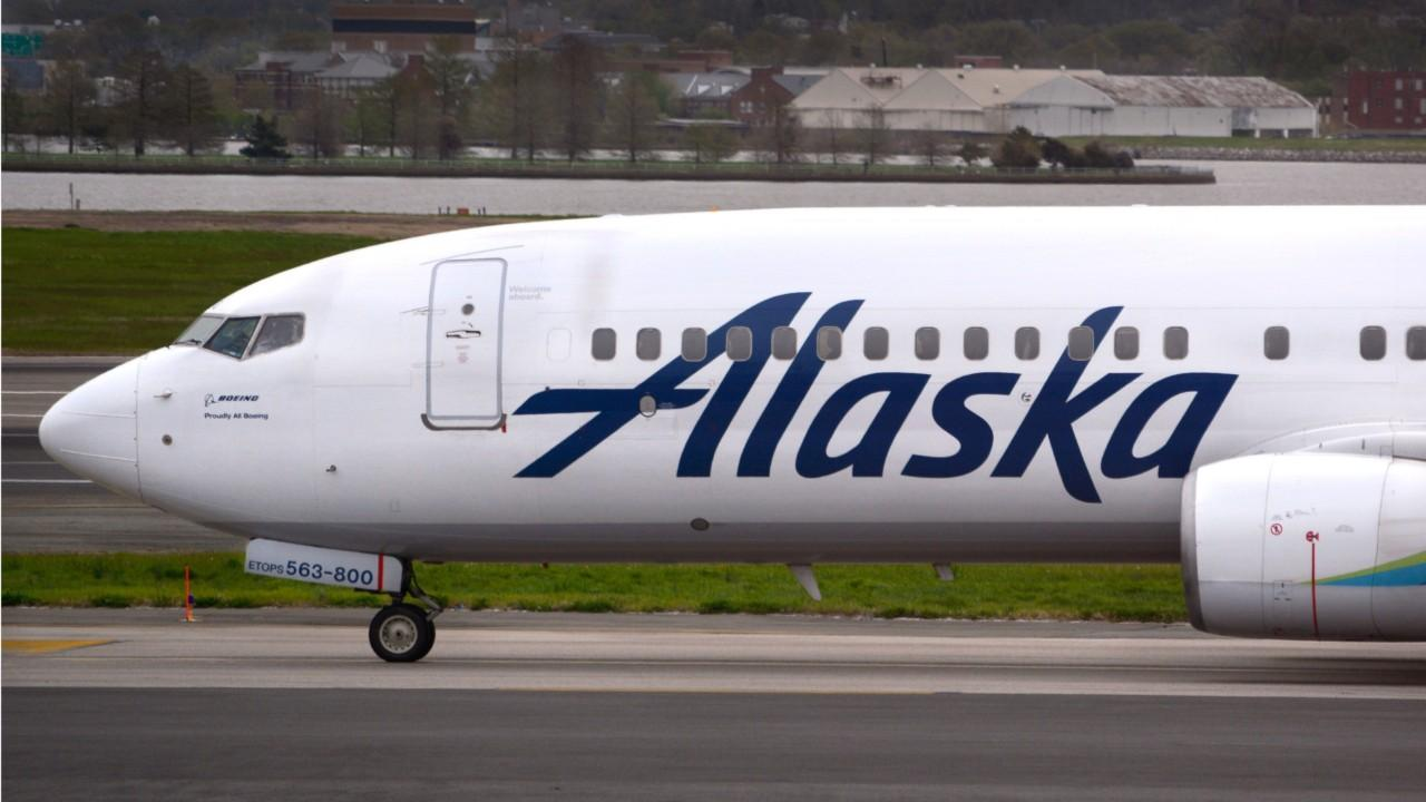 Alaska Airlines passengers endure 30-hour ordeal to get from Boston to LA