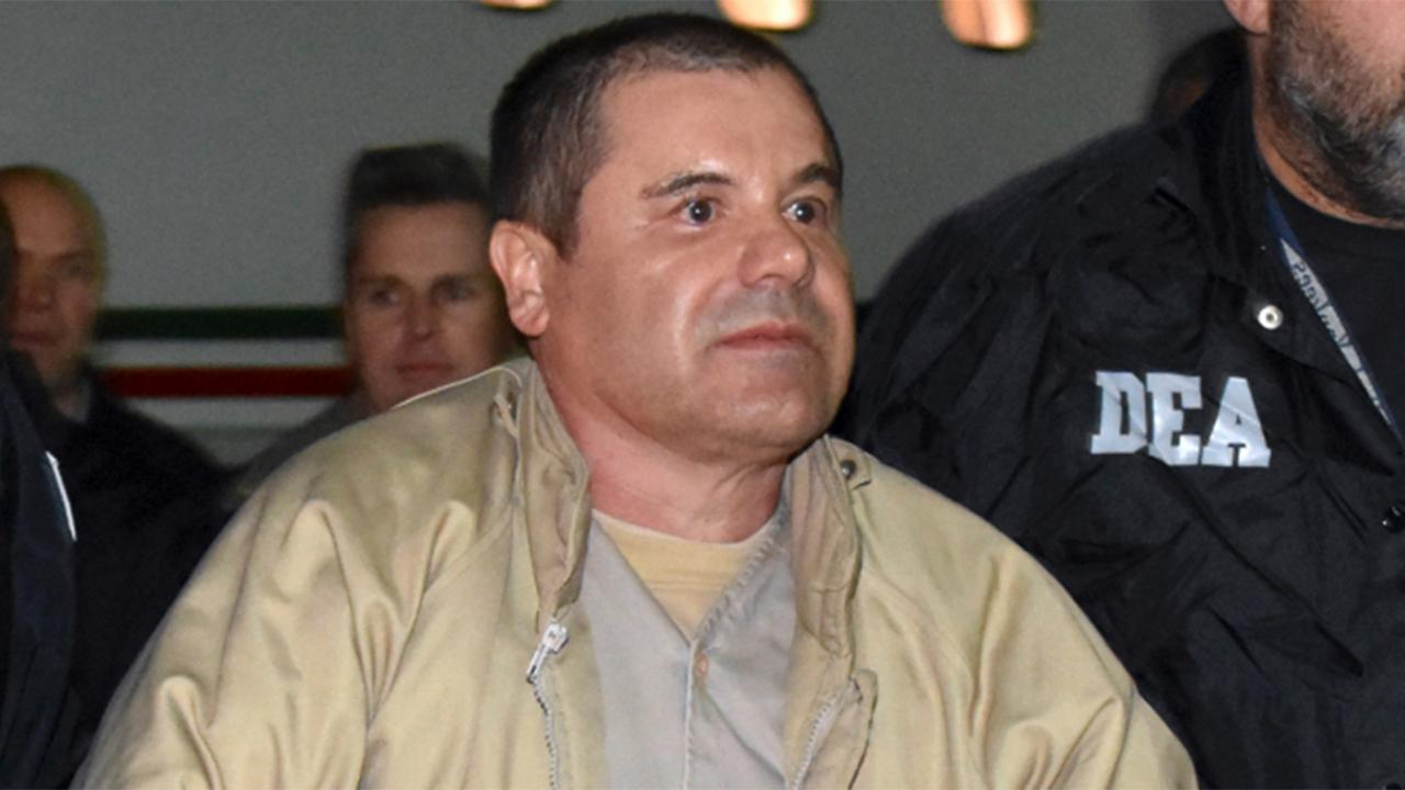 Prosecutors reveal text messages Mexican drug lord 'El Chapo' Guzman sent to his wife, mistress