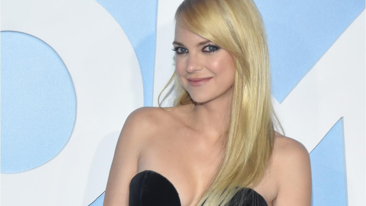 Anna Faris gets candid about co-parenting with ex Chris Pratt, her sex life