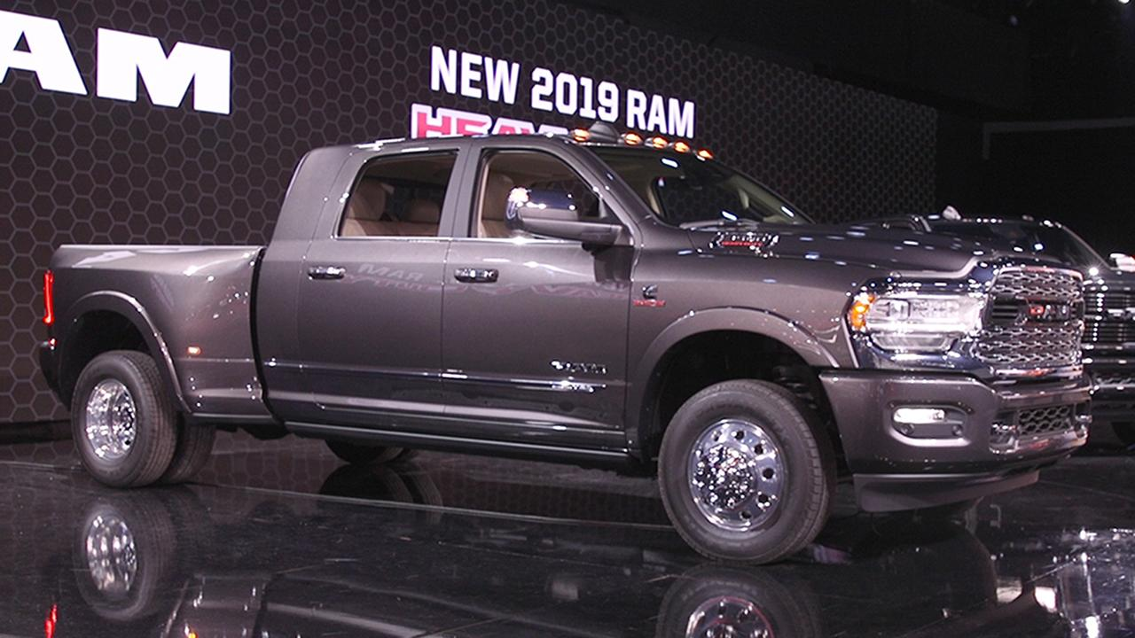 2020 Gmc Sierra Hd Pickup Revealed With X Ray Vision Fox News