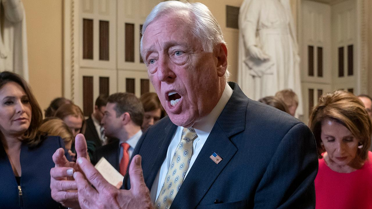 Top House Democrat admits walls do work