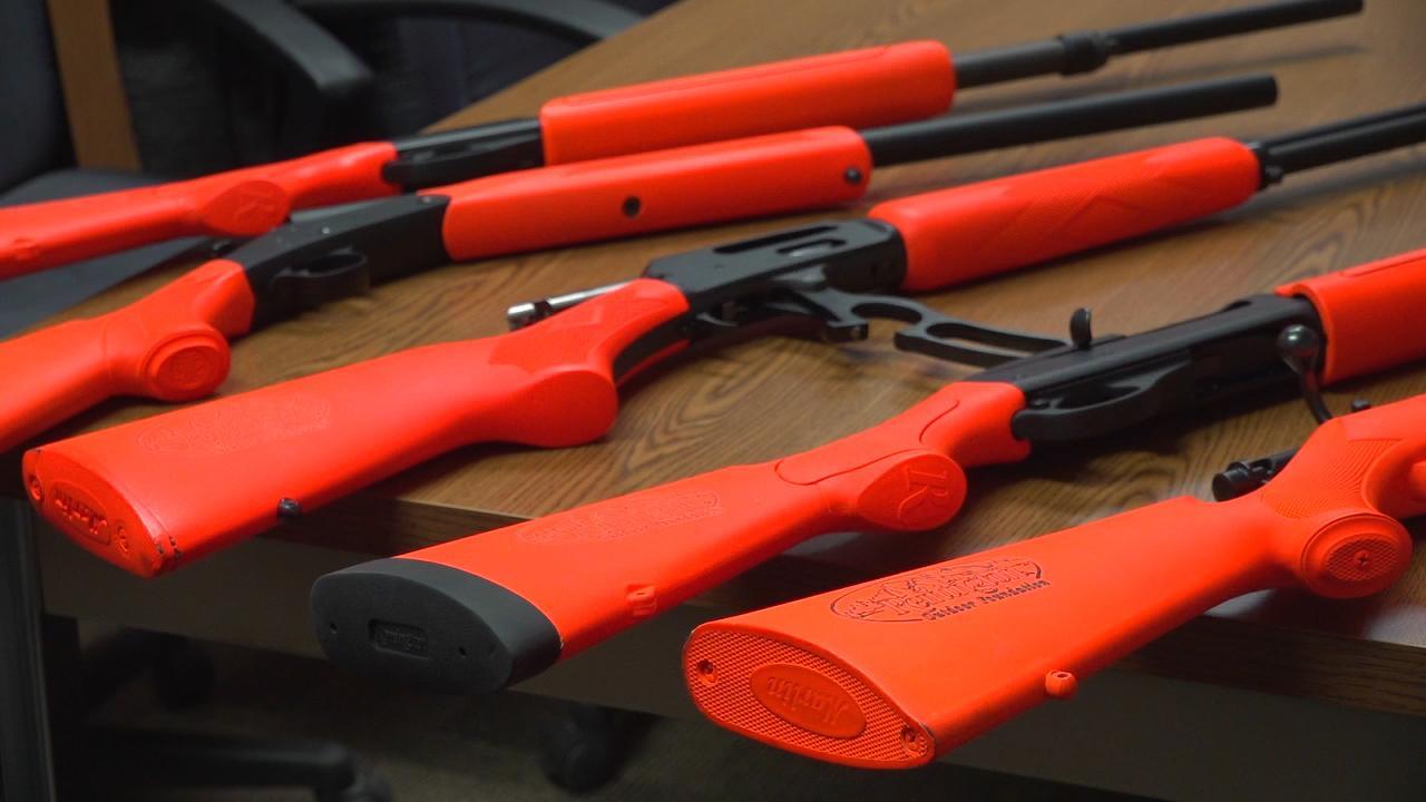 Iowa center schools offer gun reserve training for students