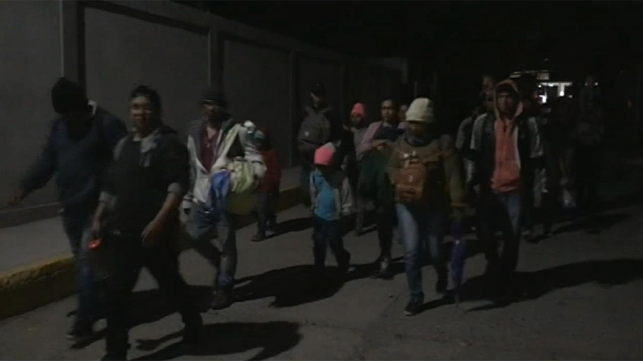 Central American migrants march freely across the Guatemala-Mexico border