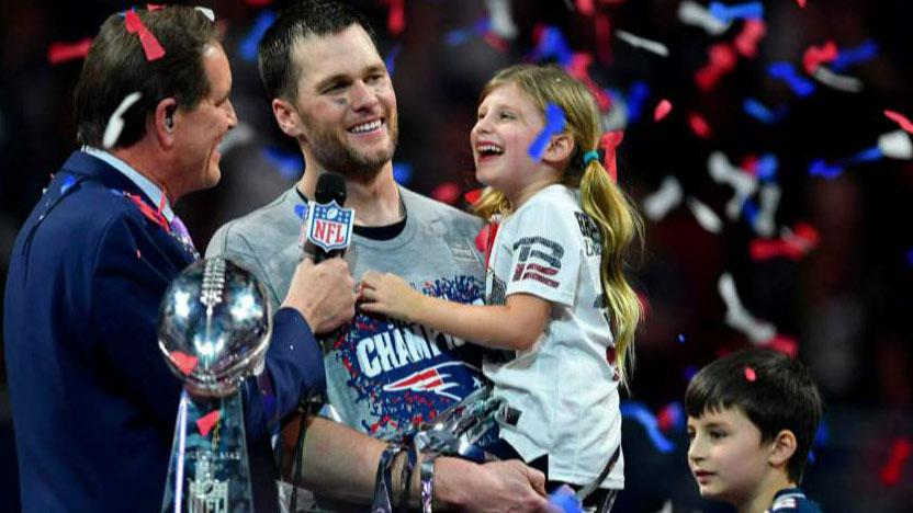 Tom Brady becomes oldest quarterback to ever win a Super Bowl