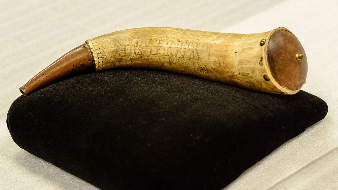 Rare powder horn belonging to African American Revolutionary War