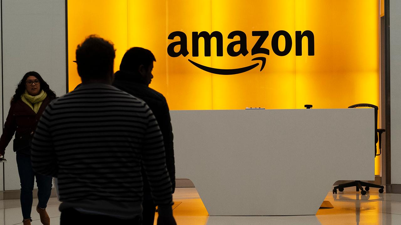 'Boycott Amazon!' Furious Queens property owner slams tech giant after it nixed New York HQ2