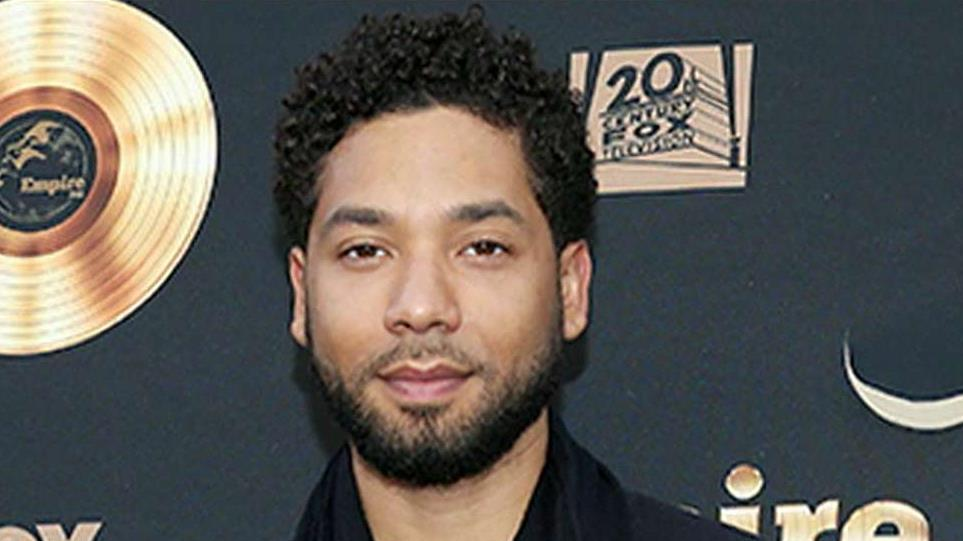 Jussie Smollett turns himself into Chicago police, is arrested on charges of filing a false police report