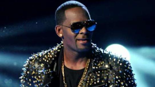 Chicago prosecutor outlines charges against R. Kelly involving 4 victims