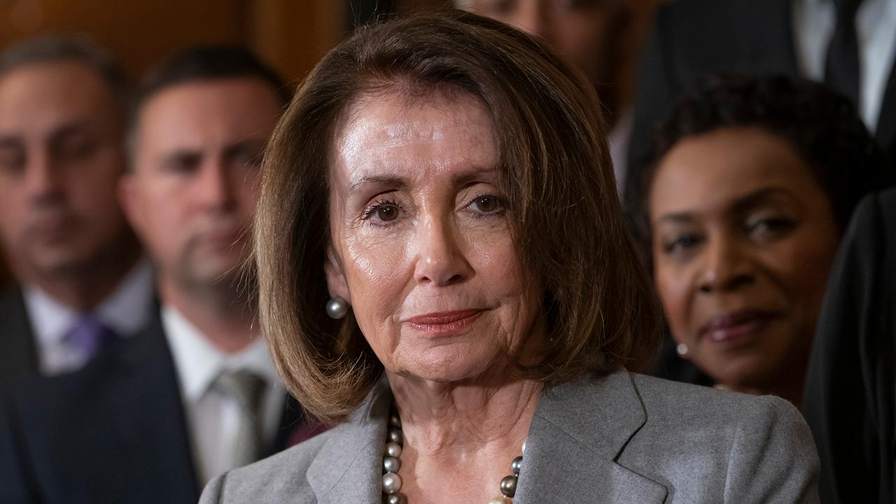 Westlake Legal Group 694940094001_6013208603001_6013200320001-vs Pelosi appears to mock Ocasio-Cortez over reliance on Twitter for support Lukas Mikelionis fox-news/politics/house-of-representatives/democrats fox-news/person/nancy-pelosi fox-news/person/alexandria-ocasio-cortez fox news fnc/politics fnc article 5546554a-b54f-5580-b5fc-943c4479da05