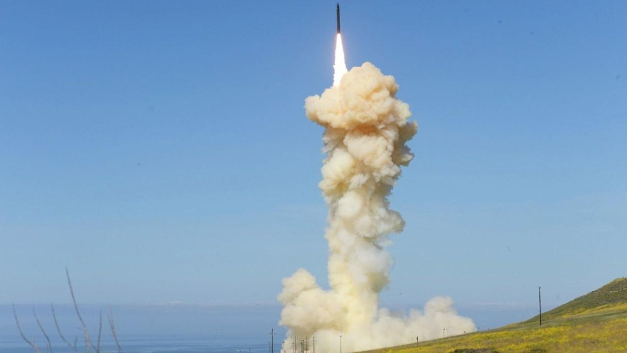 US Missile Defense Agency successfully shoots down a ballistic missile in space during a test