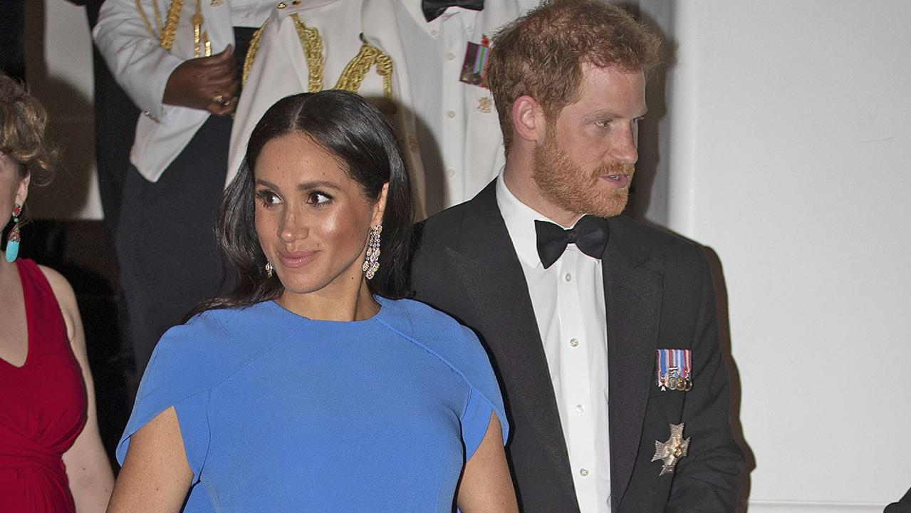 Meghan Markle Prince Harry May Consider A Male Nanny Or Manny For Their Royal Baby Reports Say