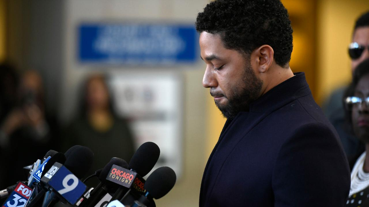Did Jussie Smollett receive special treatment from the Cook County State's Attorney's Office?