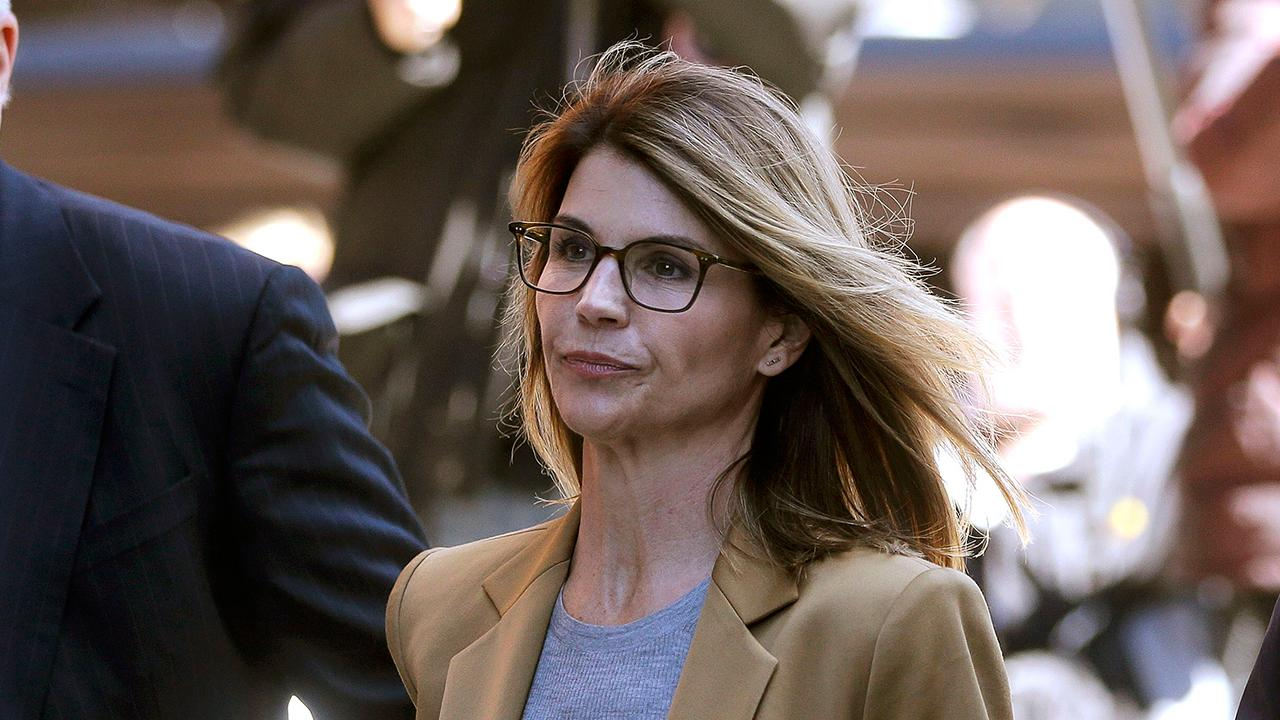 Lori Loughlin, Felicity Huffman, others appear in federal court
