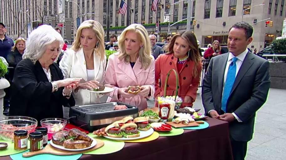Westlake Legal Group 694940094001_6027121302001_6027120279001-vs Paula Deen's idea for 'butter burgers' might be your new favorite recipe Michael Bartiromo fox-news/food-drink/recipes fox news fnc/food-drink fnc d31a48d6-2b26-58b0-a829-0276340a8fc4 article