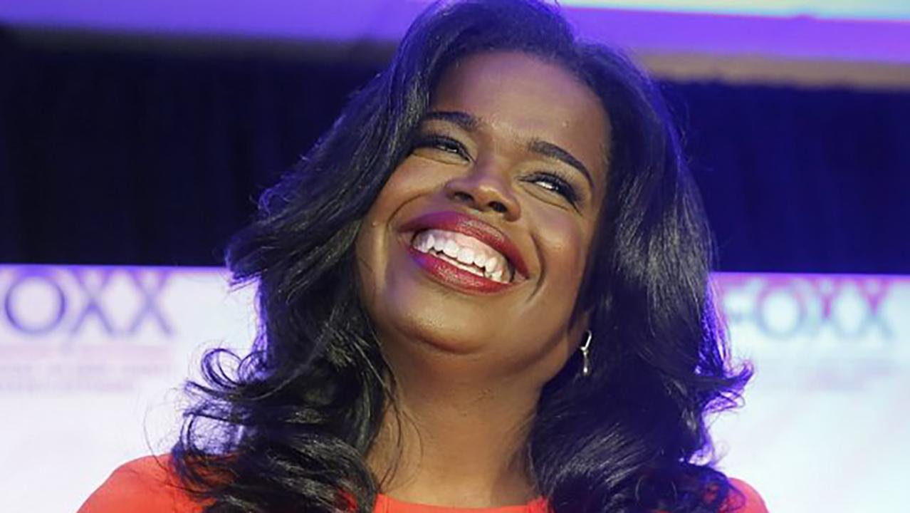 What do Kim Foxx's text messages about the Jussie Smollett case reveal about our criminal justice system?
