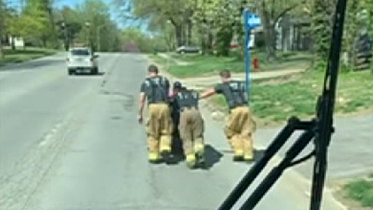 Westlake Legal Group 694940094001_6027808153001_6027811047001-vs Missouri firefighters push man home after electric wheelchair breaks, video shows fox-news/us/us-regions/midwest/missouri fox-news/us/crime/police-and-law-enforcement fox-news/good-news fox news fnc/us fnc Elizabeth Zwirz article 2681c626-5cee-5b48-8778-f51a55284ff0