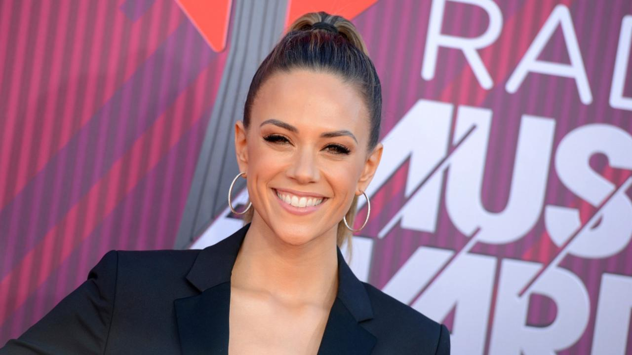 Jana Kramer hurt that husband said it's a dealbreaker if she