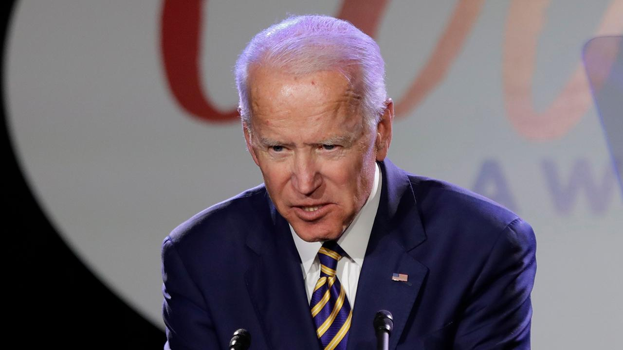 Westlake Legal Group 694940094001_6030529718001_6030527884001-vs Warren blasts Biden's 'swanky private fundraiser' with lobbyists after launch of his WH bid Lukas Mikelionis fox-news/politics/2020-presidential-election fox-news/person/joe-biden fox-news/person/elizabeth-warren fox news fnc/politics fnc article 330ed244-cb22-57fb-a184-b05ee551c236