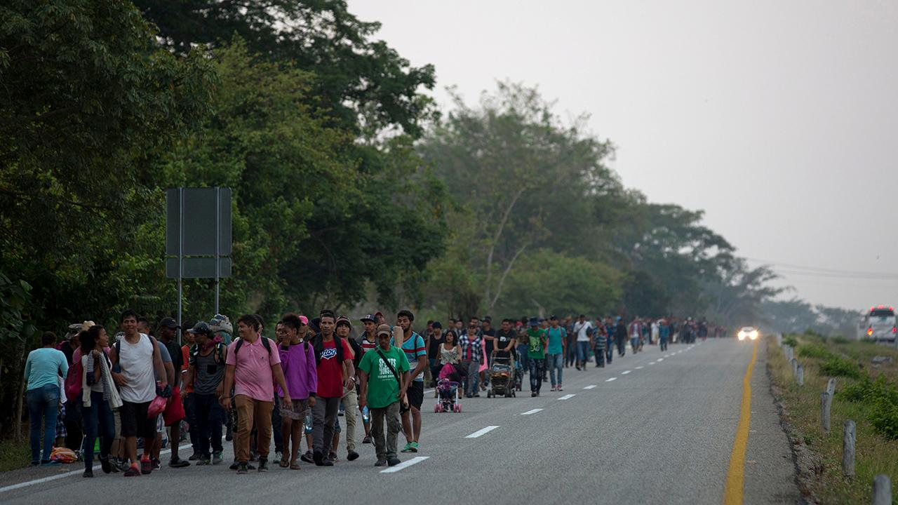 Nearly 3,000 migrants attempt to cross border, falsely claim to be part of a family unit