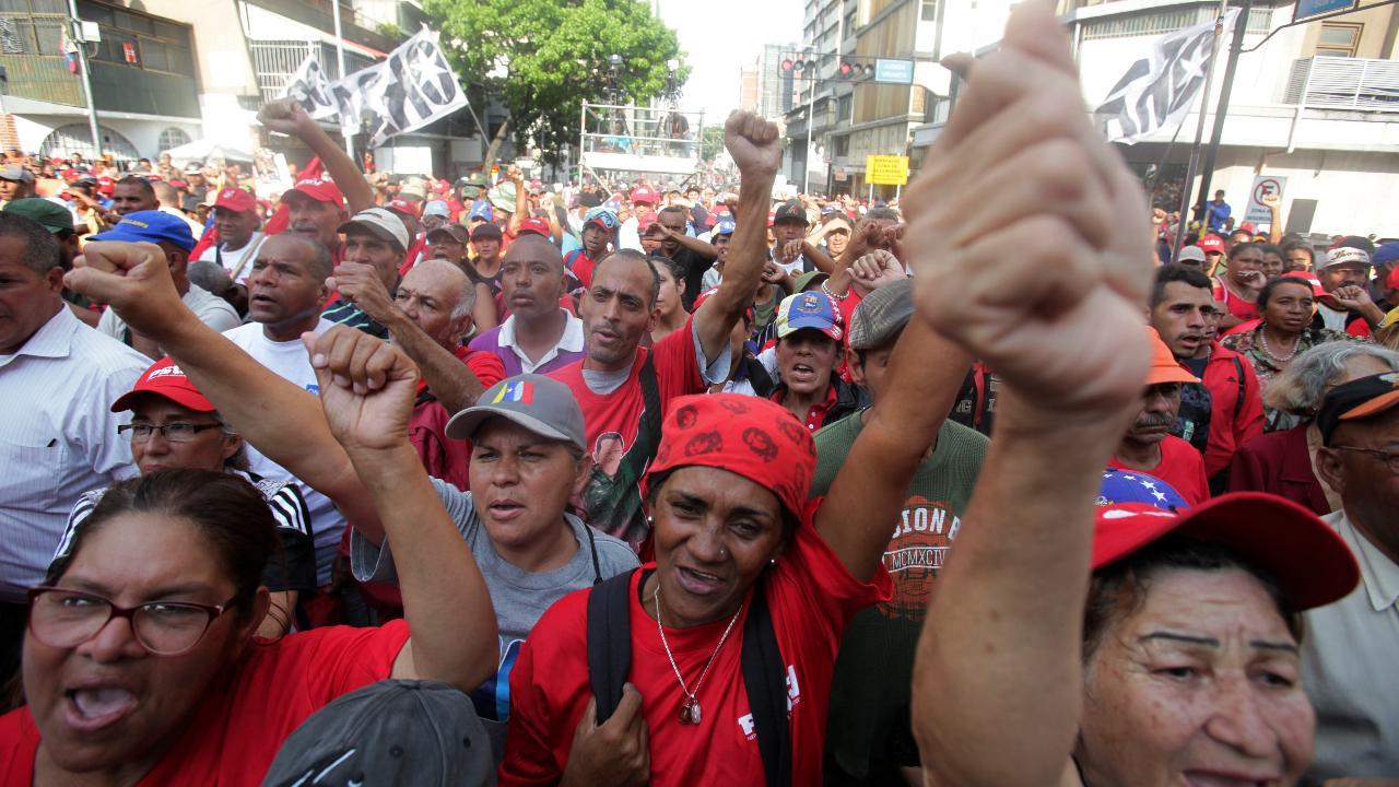 Westlake Legal Group 694940094001_6031959180001_6031953350001-vs Venezuela sees second day of unrest as Guaidó seeks power Nicole Darrah fox-news/world/world-regions/americas fox-news/topic/venezuelan-political-crisis fox news fnc/world fnc article 409b233d-ce6e-5ec4-ae1d-9bfabf43fc06