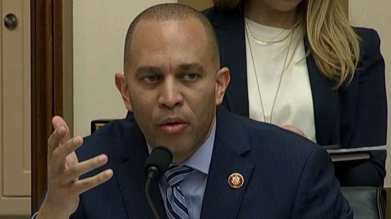 Dem Führer erzählt GOP 'GET LOST' über Amtsenthebung Anfrage Zeuge-Liste
