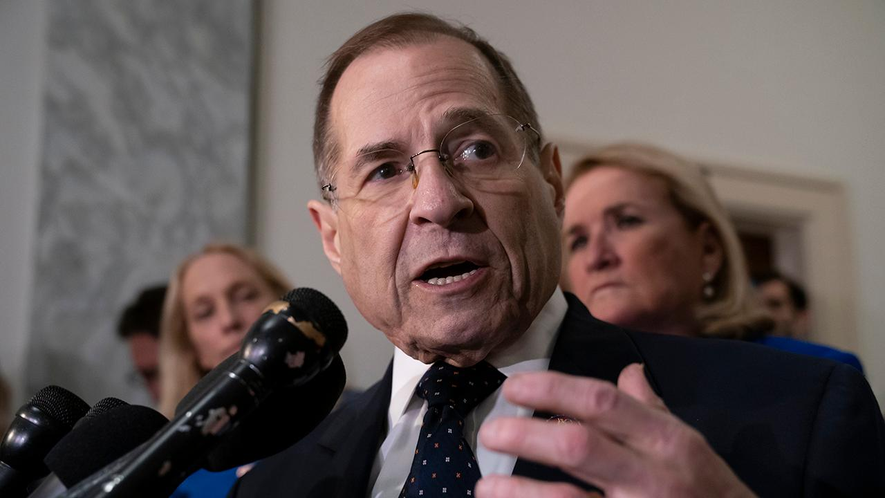 Constitutional 'crisis'? Democrats and the media parrot talking points on subpoena fight