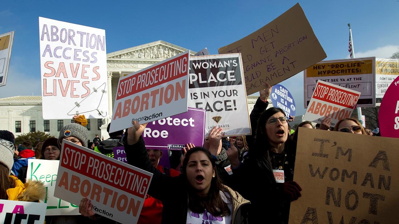 2020 Dems jump into abortion fray as legal battle heats up