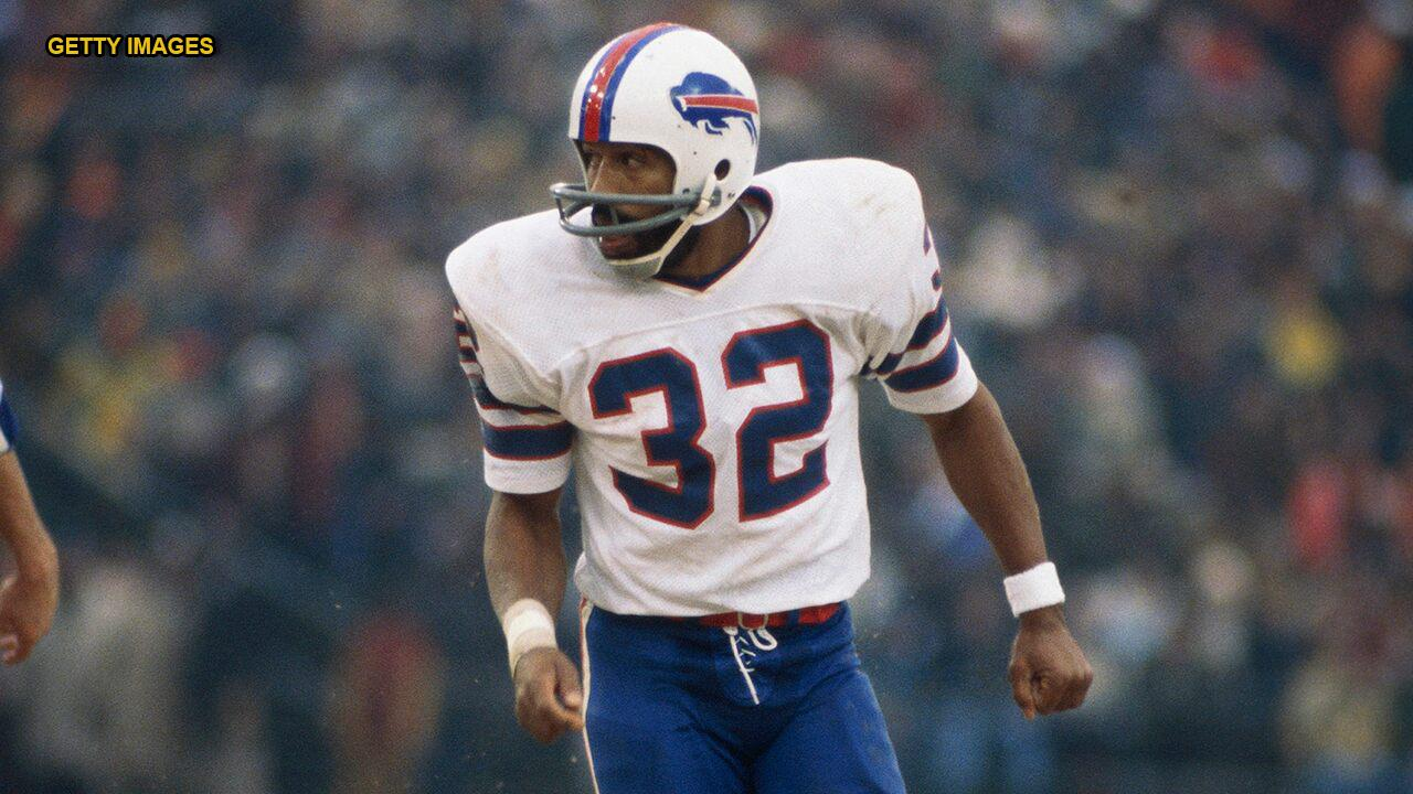 O.J. Simpson's jersey #32 returns to a Buffalo Bills player for the first time in over 40 years