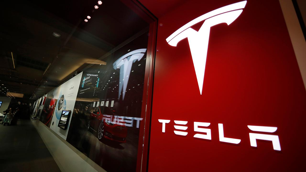 Fox Business Briefs: Telsa plans to cut price of its Model S Sedan by three thousand dollars, bring back free unlimited surpercharging.