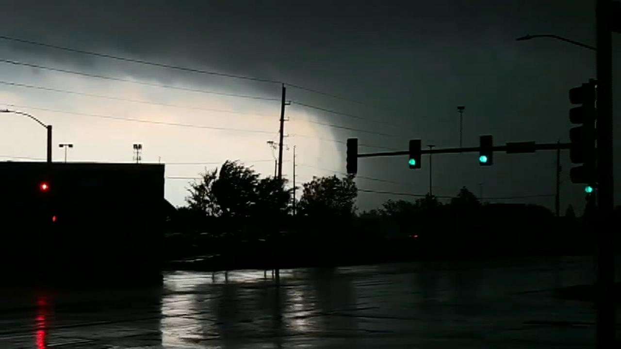 Raw video: Mile-wide tornado approaches Lawrence, Kansas