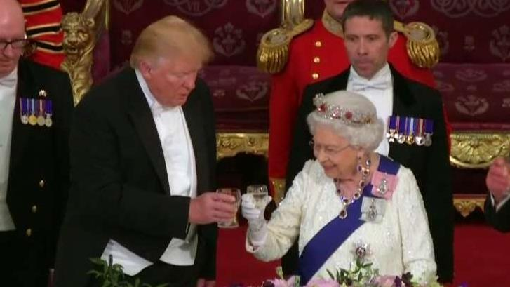 Queen Elizabeth, President Trump make remarks, exchange toasts at state banquet