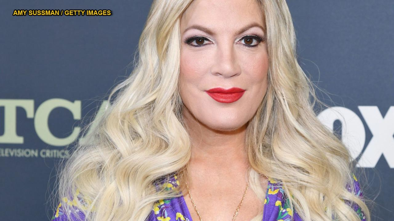 Dean McDermott fires back at 'coward' trolls insulting wife Tori Spelling on social media