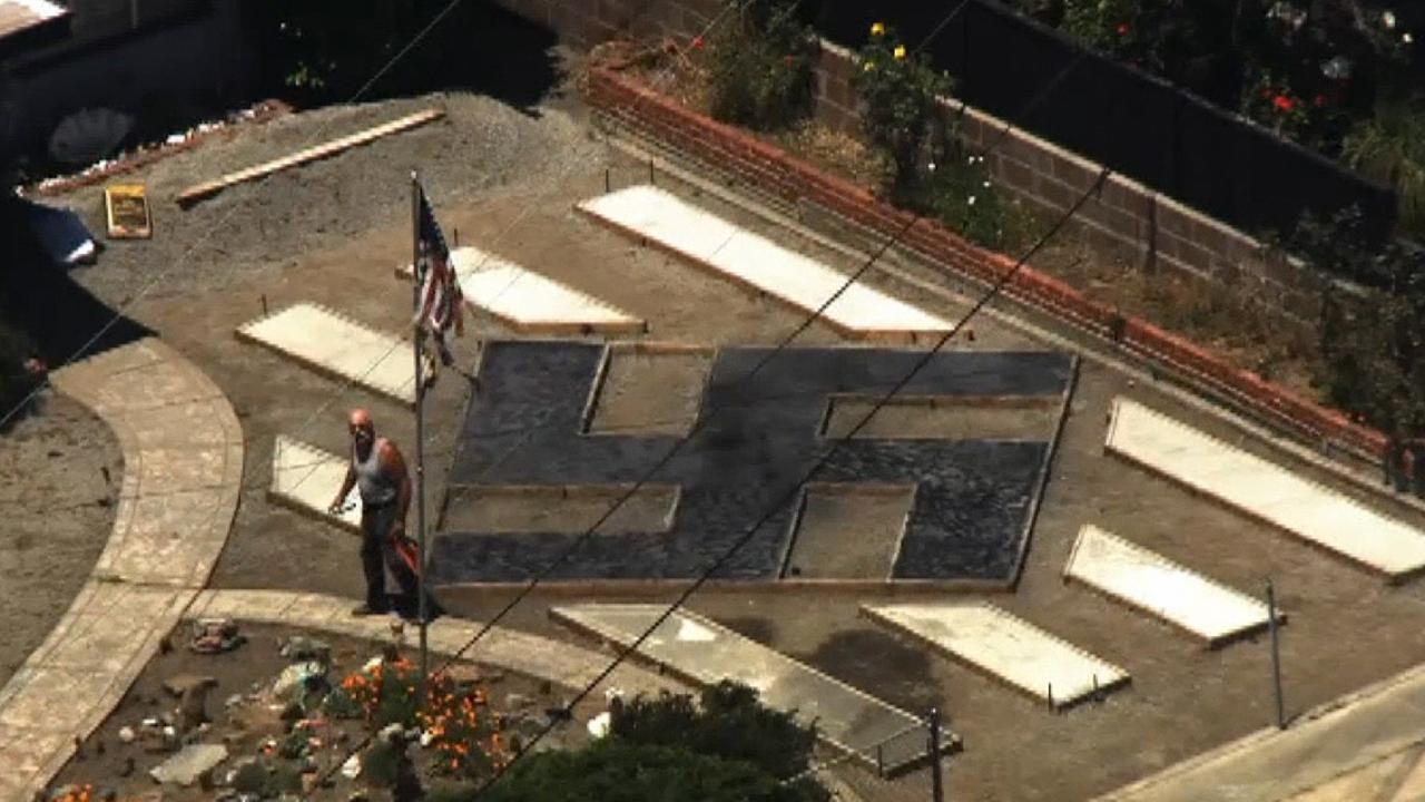 California man claims swastika lawn display is 'Tibet symbol' amid neighbors' complaints thumbnail