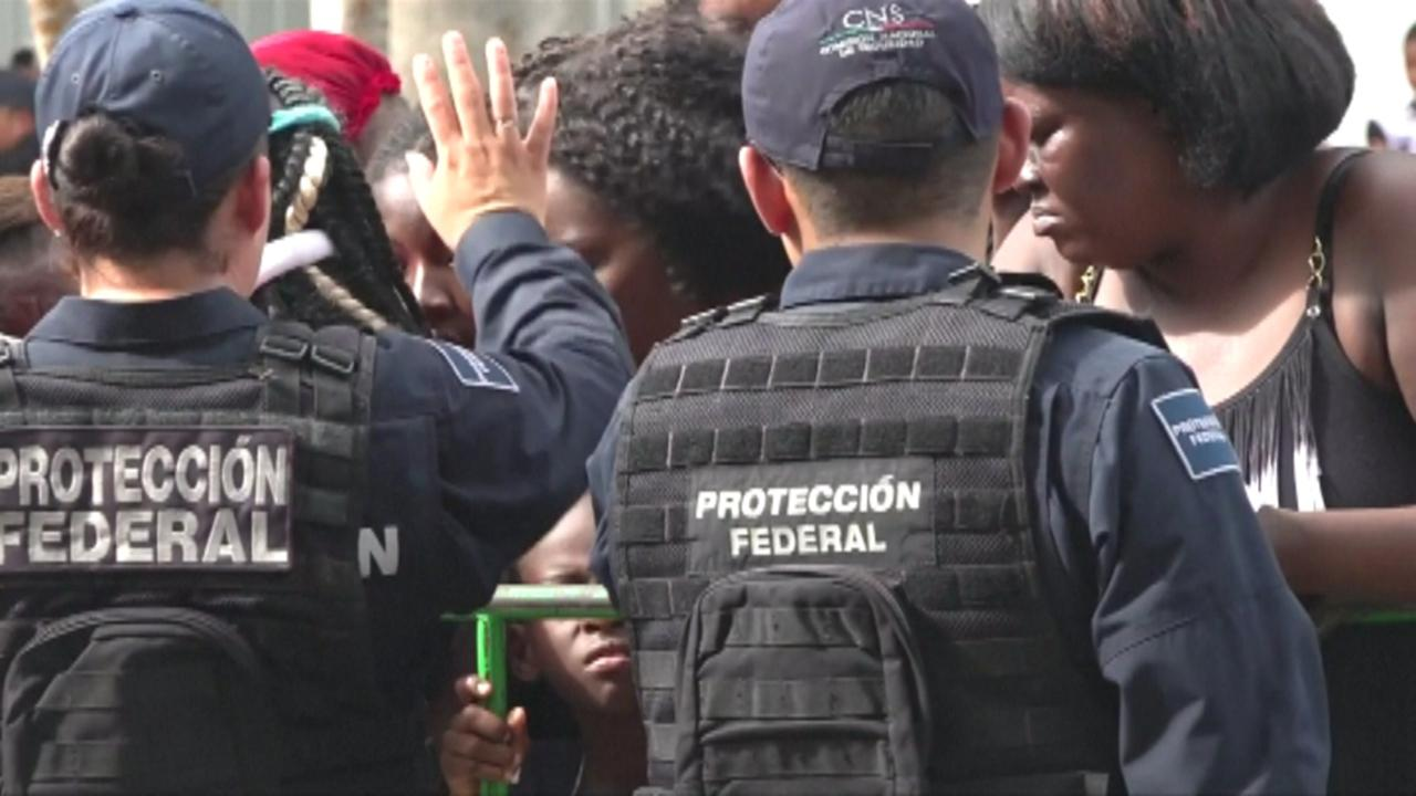 Mexico deporting migrants without papers at checkpoints on Guatemala border