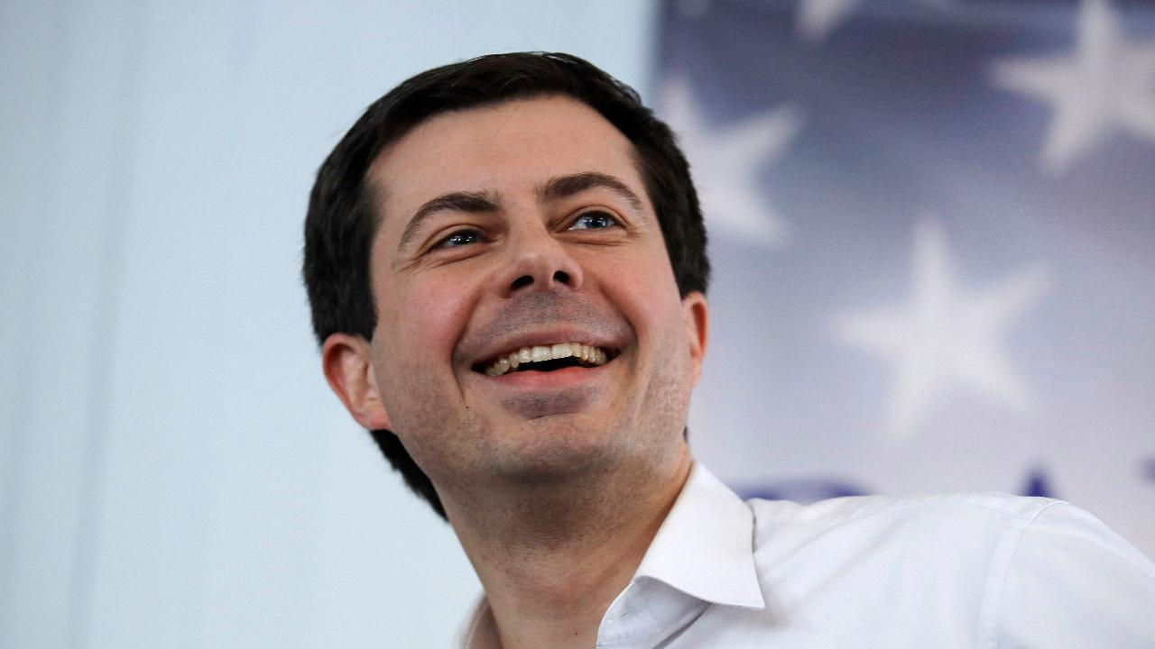 Westlake Legal Group 694940094001_6050100751001_6050101617001-vs Buttigieg facing scrutiny as family of black man killed by cop plans lawsuit against city fox-news/us/us-regions/midwest/indiana fox-news/us/crime/police-and-law-enforcement fox-news/politics/elections/democrats fox-news/politics/2020-presidential-election fox-news/person/pete-buttigieg fox news fnc/politics fnc Brie Stimson article 847d2941-d492-5870-a948-1e2f166c4db9