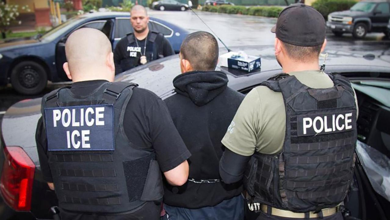 Westlake Legal Group 694940094001_6052412857001_6052389338001-vs ICE deportation raids set to being Sunday after Trump delay, report says fox-news/us/immigration/illegal-immigrants fox-news/us/immigration/border-security fox-news/us/immigration fox news fnc/politics fnc Edmund DeMarche Brie Stimson article 83fbcf7f-d6c6-5860-be74-a731bc8c178b