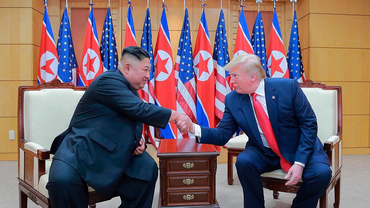 Democratic presidential candidates blast President Trump's meeting with Kim Jong Un
