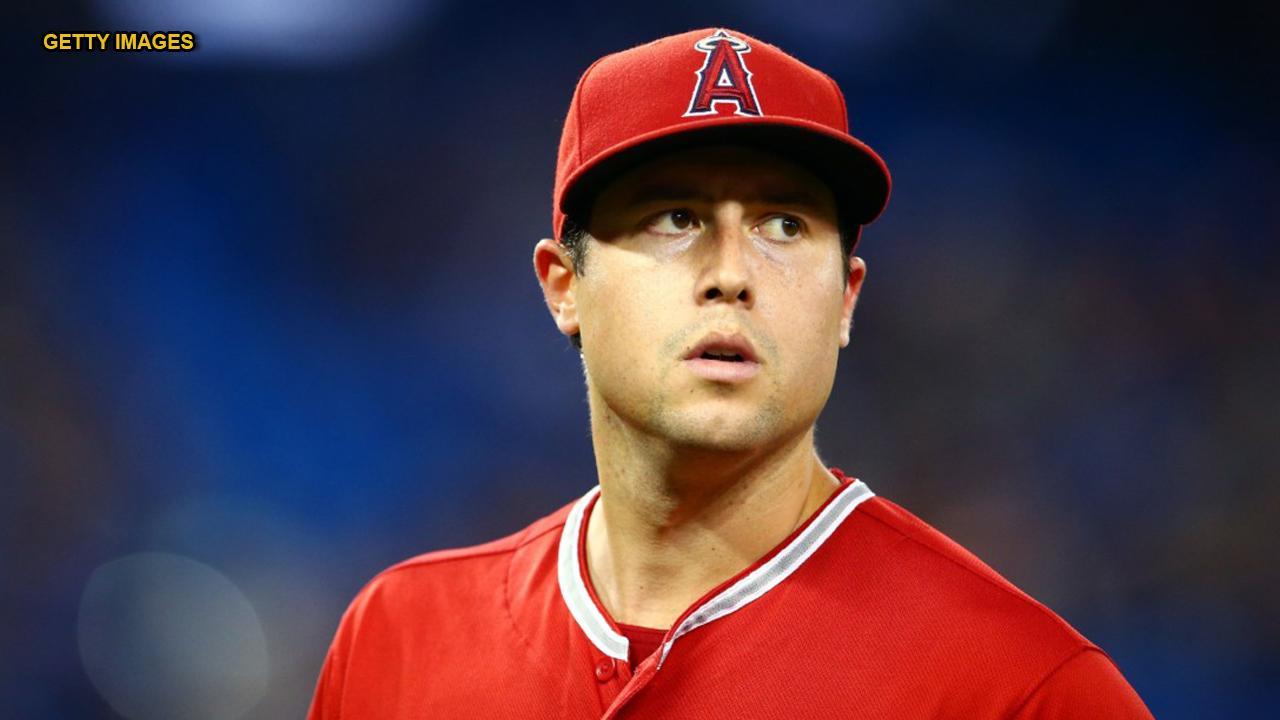 LA Angels pitcher Tyler Skaggs dies