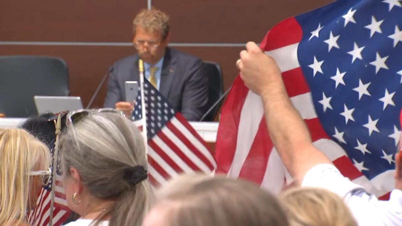 Protesters want Minnesota City Council to reverse vote ending Pledge of Allegiance at meetings