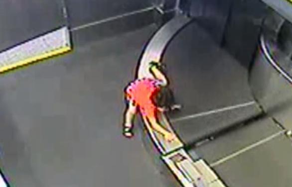 2-year-old injured at Atlanta airport after climbing onto baggage belt, being sent to TSA luggage room
