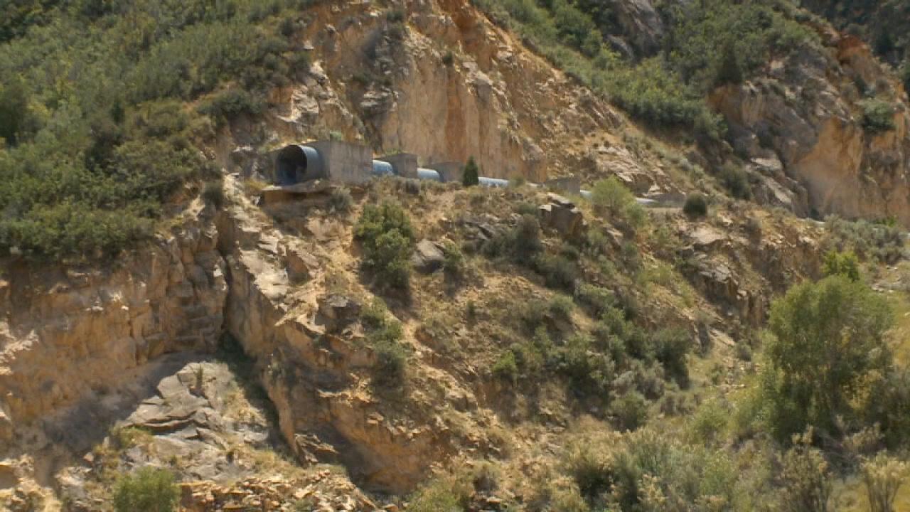 Westlake Legal Group 694940094001_6064859217001_6064853588001-vs Utah man, 18, survives 150-foot fall from drainage tunnel, investigators say Stephen Sorace fox-news/us/us-regions/west/utah fox news fnc/us fnc article 5da04327-2608-594b-9e5c-37f0eb27d58d