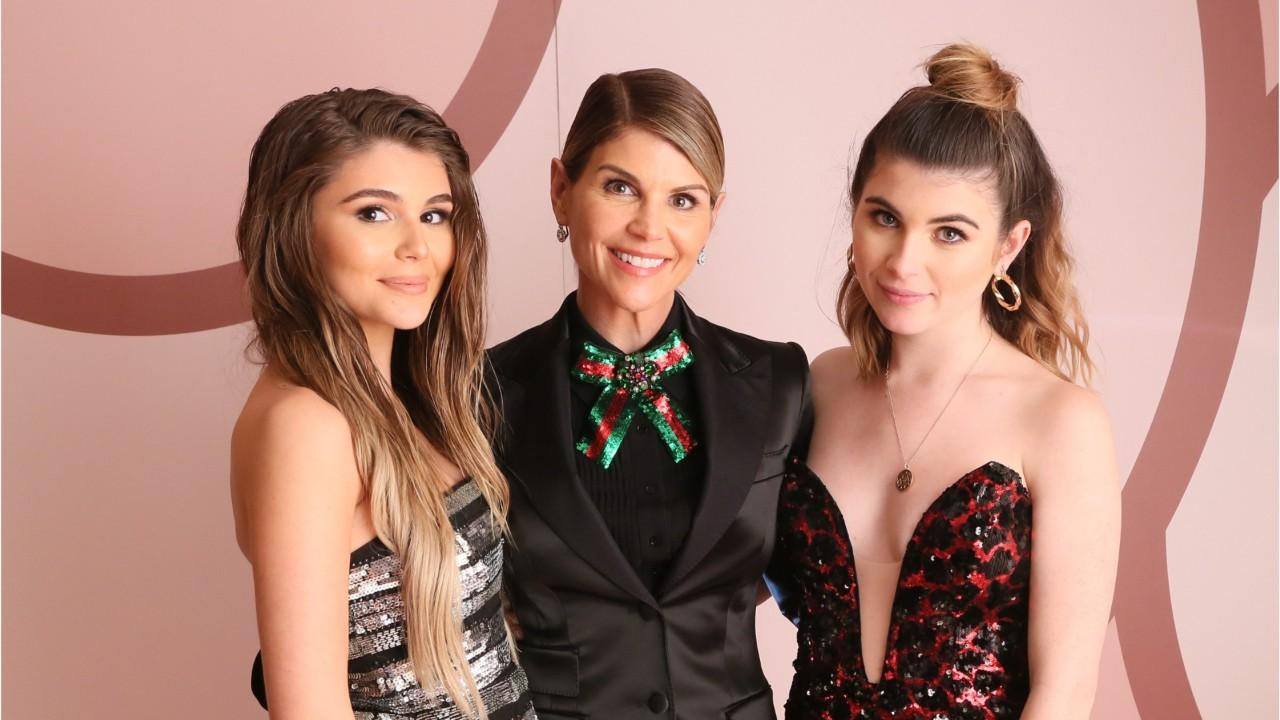 Sorority dumps Lori Loughlin's daughters amid USC scandal probe