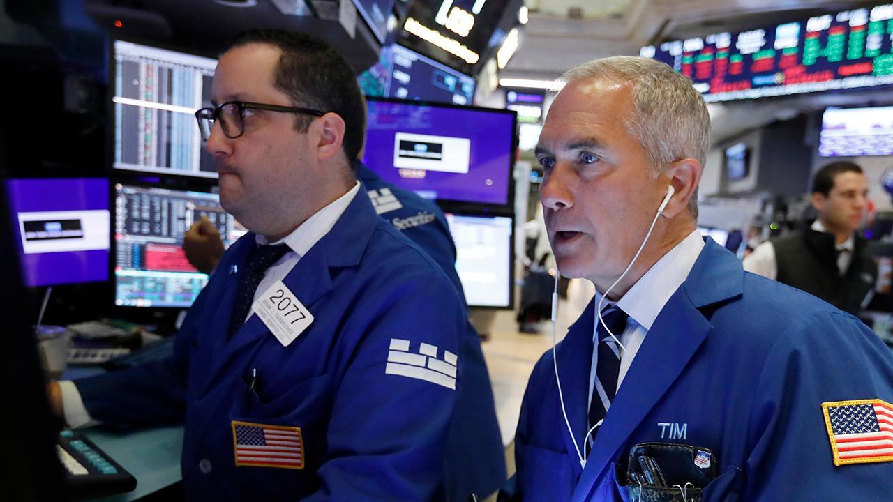 Stocks dip amid announcement of new tariffs