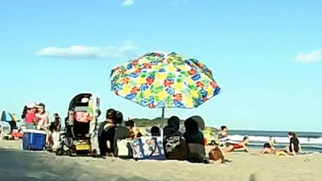 Westlake Legal Group 694940094001_6071481946001_6071479805001-vs Florida teenager, 13, impaled by beach umbrella while vacationing in Massachusetts Lucia Suarez Sang fox-news/us/us-regions/southeast/florida fox-news/us/us-regions/northeast/massachusetts fox news fnc/us fnc article 33674225-b3be-5993-8d6b-80a4aa9cbf27